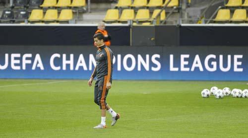 Real mất Ronaldo trận gặp Dortmund - 1