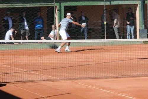 Nadal tăng cường độ tập luyện trước mùa đất nện - 1