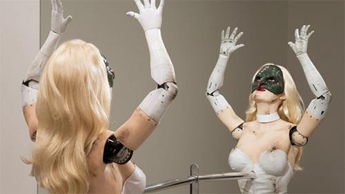 Video: Vũ nữ robot khiêu vũ sexy - 3