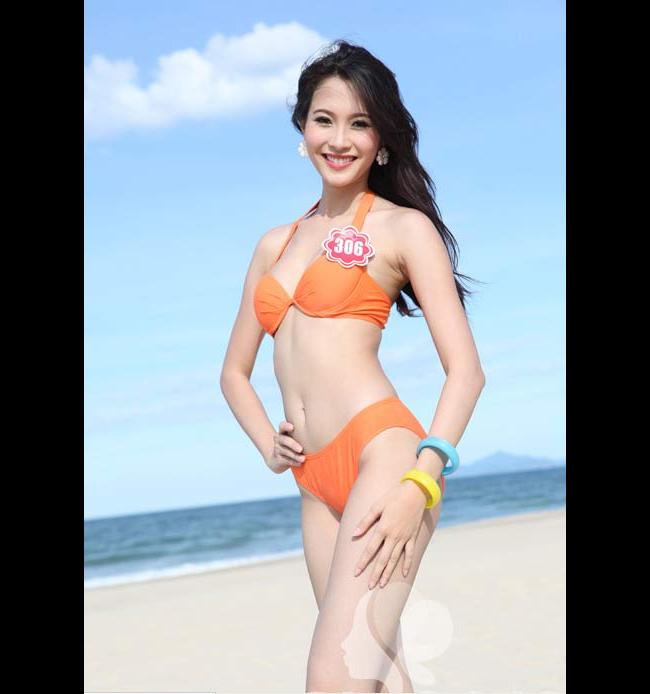 Đặng Thu Thảo khoe sắc vóc cùng bikini. Qua tấm ảnh này có thể nhận thấy làn da mịn màng của người con gái Bạc Liêu
