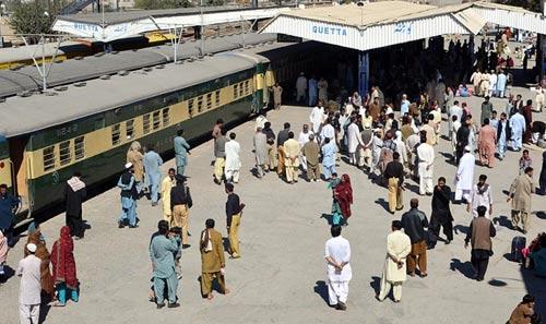 Đánh bom tàu hỏa ở Pakistan, 14 người thiệt mạng - 1