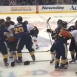 Thể thao - Màn loạn đả đáng xấu hổ ở trận hockey từ thiện