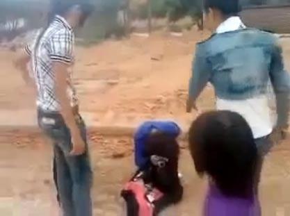 Nữ sinh Bắc Giang hành hung bạn gái anh trai - 1