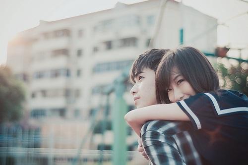 Thơ tình: Nếu bạn đang yêu thực sự một ai - 1