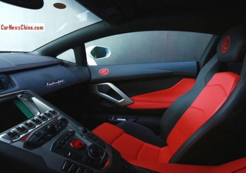 Lamborghini Aventador thửa riêng cho Thành Long - 3