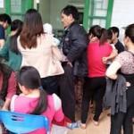 Sức khỏe đời sống - Dịch sởi bùng phát: Các phòng tiêm chủng kẹt cứng