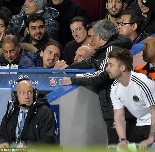 Ibra vui đùa với Mourinho sau thất bại - 1