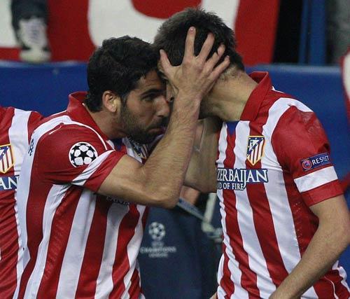 Atletico - Barca: Đòn phủ đầu hạng nặng - 1
