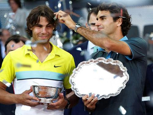 """Vì sao Nadal là """"Vua đất nện""""? - 2"""