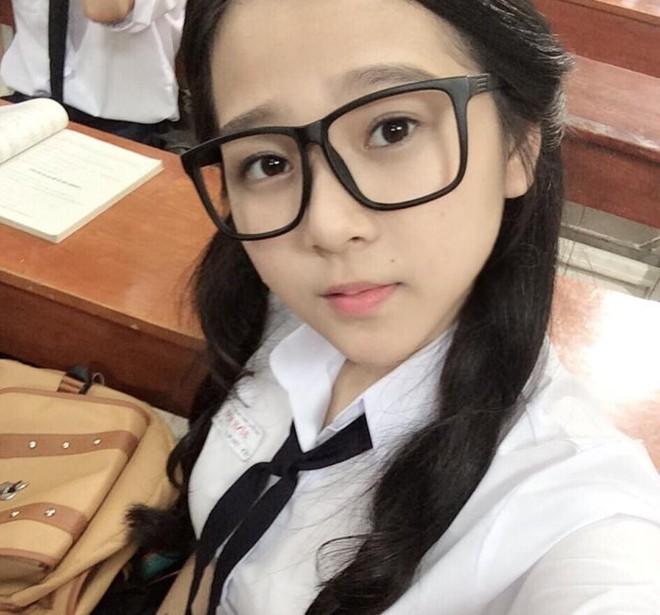 Hot girl Việt và những vụ ồn ào về việc học - 7