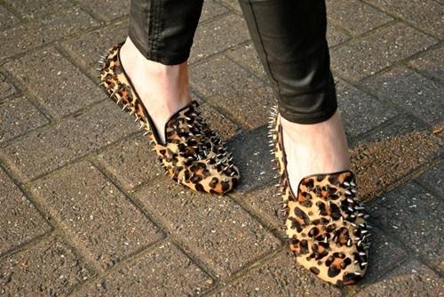 Giày đẹp, bao nhiêu cho đủ? - 4