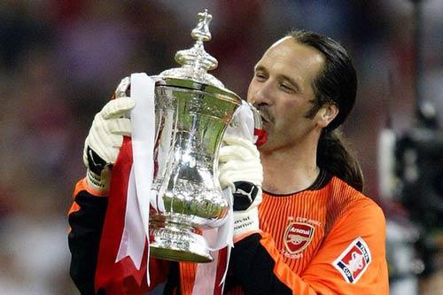 Arsenal cần FA Cup hơn vé dự Champions League - 2