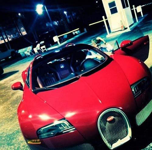 Justin Bieber được tặng siêu xe Bugatti Veyron - 1
