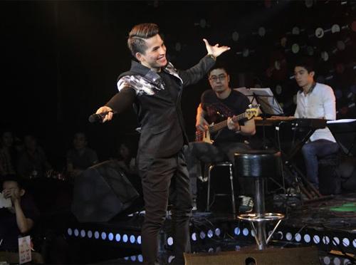 Quốc Thiên đón sinh nhật trên sân khấu thủ đô - 1