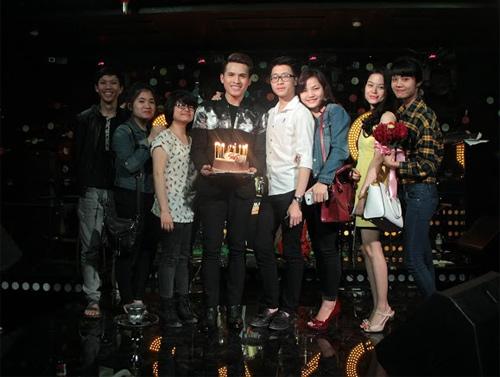 Quốc Thiên đón sinh nhật trên sân khấu thủ đô - 9