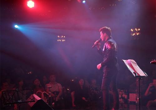 Quốc Thiên đón sinh nhật trên sân khấu thủ đô - 4