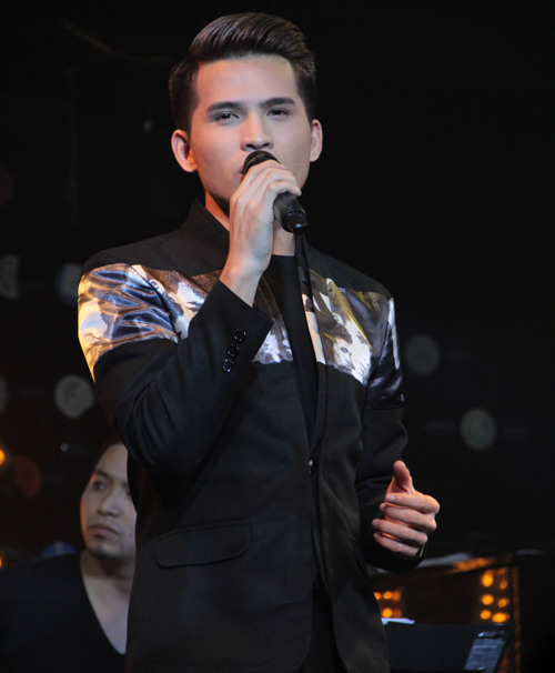 Quốc Thiên đón sinh nhật trên sân khấu thủ đô - 6