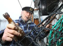 Lá thư trong chai lênh đênh 101 năm trên biển - 1