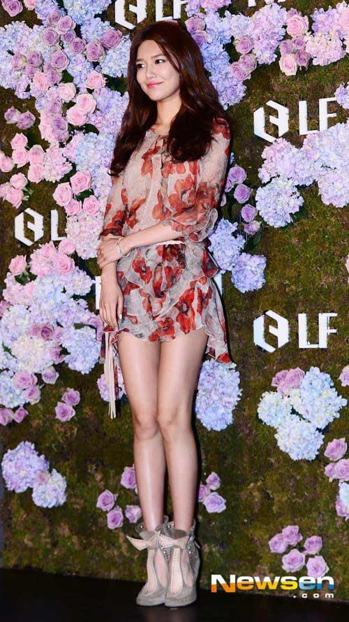 """""""Choi Yeo Jin sexy đến nghẹt thở"""" - 9"""