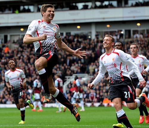 Mùa giải vĩ đại nhất của Liverpool - 1
