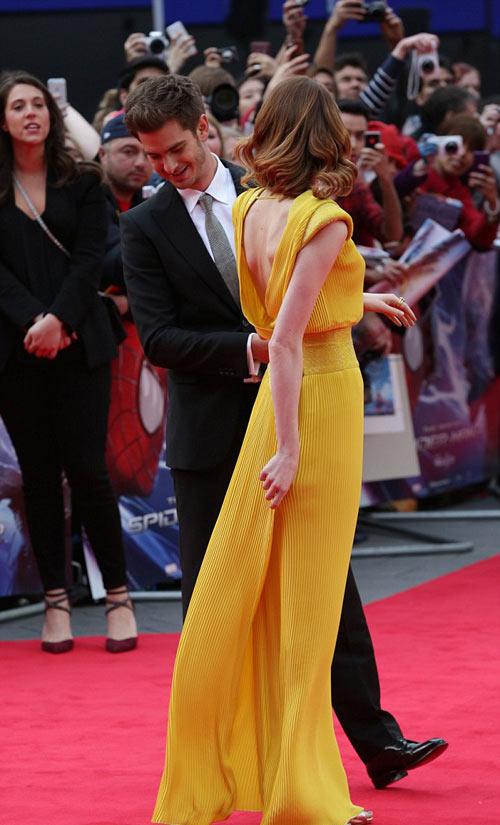 """""""Người Nhện"""" nhòm trộm váy Emma Stone - 2"""
