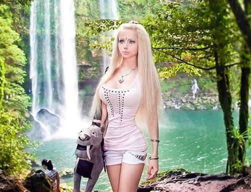 Cuộc sống thực của cô gái búp bê Barbie - 3