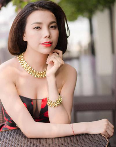 Người đẹp Việt vỗ ngực tự khoe nhan sắc - 5