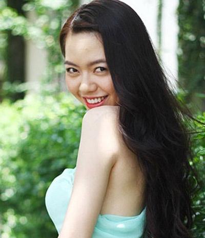 Người đẹp Việt vỗ ngực tự khoe nhan sắc - 3