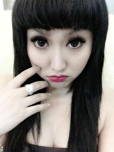 Người đẹp Việt vỗ ngực tự khoe nhan sắc - 6