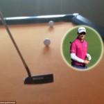 Thể thao - Video: Biểu diễn đánh golf trên bàn bi-a