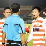 """Bóng đá - Báo chí thế giới """"sốc"""" về vụ bán độ ở V.Ninh Bình"""