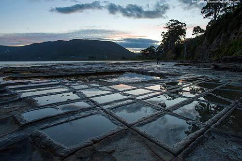Vỉa hè lát đá ngoạn mục ở hòn đảo Tasmania, Úc - 7