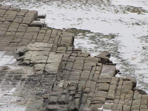 Vỉa hè lát đá ngoạn mục ở hòn đảo Tasmania, Úc - 5