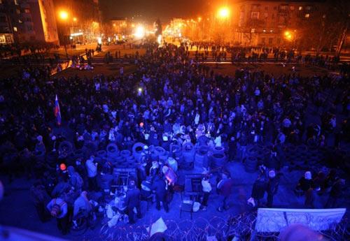 Ukraine: Dân Donetsk đòi lập quân đội riêng - 1
