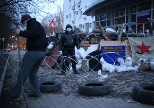 Ukraine: Dân Donetsk đòi lập quân đội riêng - 3