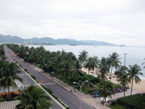 Phố biển Nha Trang miền đất níu chân du khách - 4