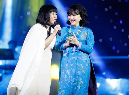"""Tùng Dương """"quái dị"""" với nhạc Trịnh - 15"""