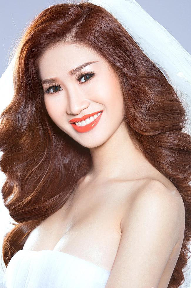Hot girl Quỳnh Thi hiện đang là người mẫu ảnh khá nổi ở Sài Gòn