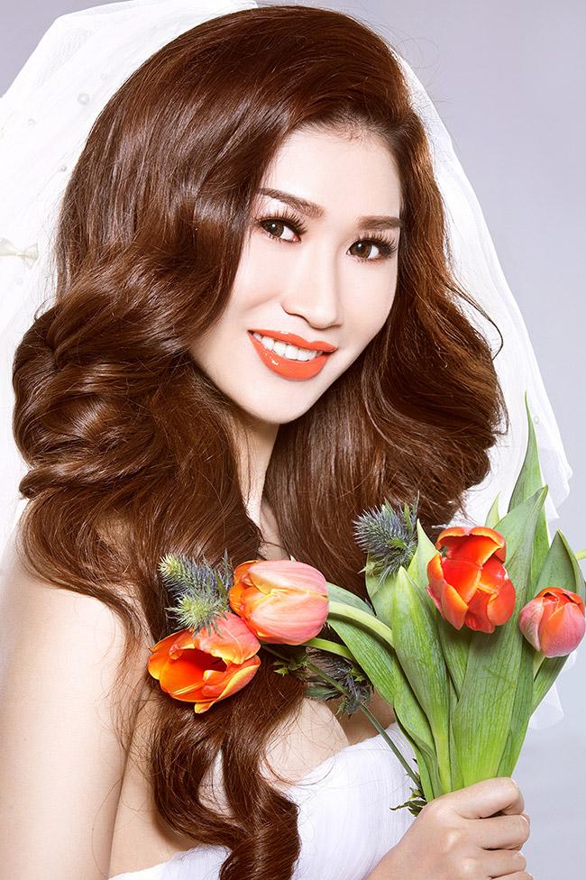 Ngoài làm người mẫu ảnh, Quỳnh Thi còn tự làm stylist cho các bộ ảnh của mình
