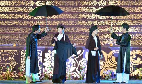 Khai mạc Festival Huế 2014:  Hoành tráng, ấn tượng - 7