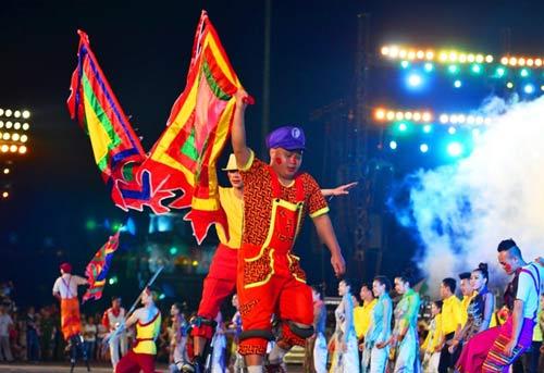 Khai mạc Festival Huế 2014:  Hoành tráng, ấn tượng - 10