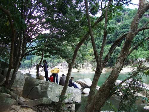 Thiên nhiên kì ảo trên dòng sông Hầm Hô, Bình Định - 6