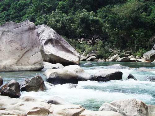 Thiên nhiên kì ảo trên dòng sông Hầm Hô, Bình Định - 9