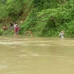 Tin tức trong ngày - Rủ nhau tắm suối, 2 học sinh chết đuối thương tâm