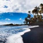 Du lịch - 10 bãi biển cát đen ấn tượng nhất thế giới