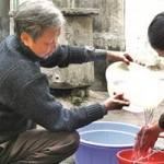 Tin tức trong ngày - Nước sinh hoạt Hà Nội không lọc hết độc tố