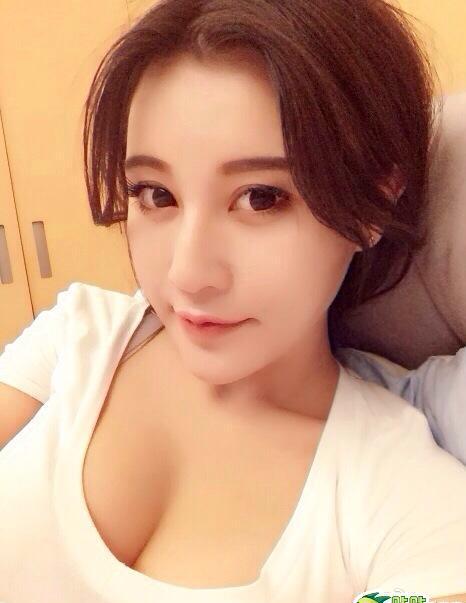 Hot girl xinh hơn cả Phạm Băng Băng 1397524452 hot girl xinh 2