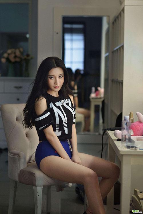 Hot girl xinh hơn cả Phạm Băng Băng 1397524452 hot girl xinh 6
