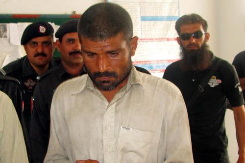 Pakistan: Bắt kẻ ăn thịt hơn 100 xác chết - 1