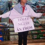 """HS đeo biển  """" ăn cắp : Phải truy cứu hình sự NV siêu thị"""